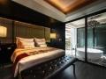 Guestroom_akyraManorHotel2