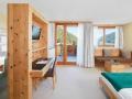 23_Arosea_Doppelzimmer-mit-Balkon_0216843