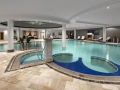 DAS-EDELWEISS-Salzburg-Mountain-Resort_Edelweiss-Mountain-Spa_Indoor-Pool_1-Gustav-Willeit