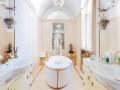 12_LH_Duesseldorf_De-Medici_Fuersten-Suite-Bad_1011762_Living-Hotels