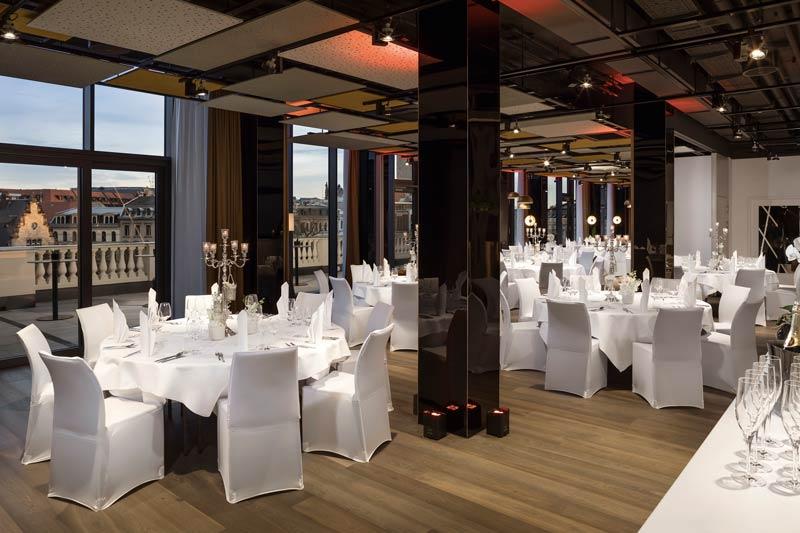 416InnsideLeipzig-Meetings_Event_Location_Wedding_SetUp