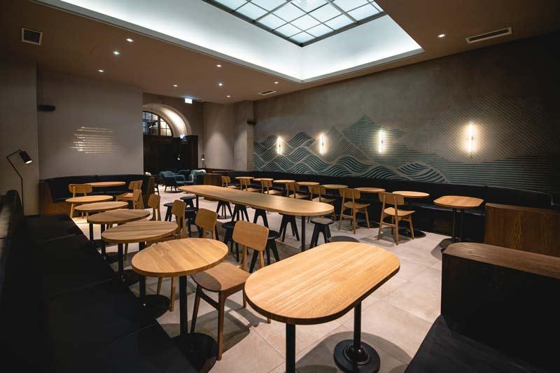 SBUX-Store-Neubaugasse-(3)