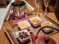 champagner_mit_fingerfood_cfotograf_patrick_langwallner_hotel_zuerserhof