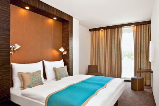 motel one weiter auf expansionskurs. Black Bedroom Furniture Sets. Home Design Ideas