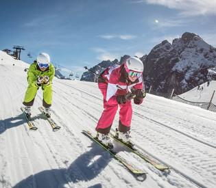 Skiregion Dachstein West in den Top 100 der weltweit besten Skigebiete