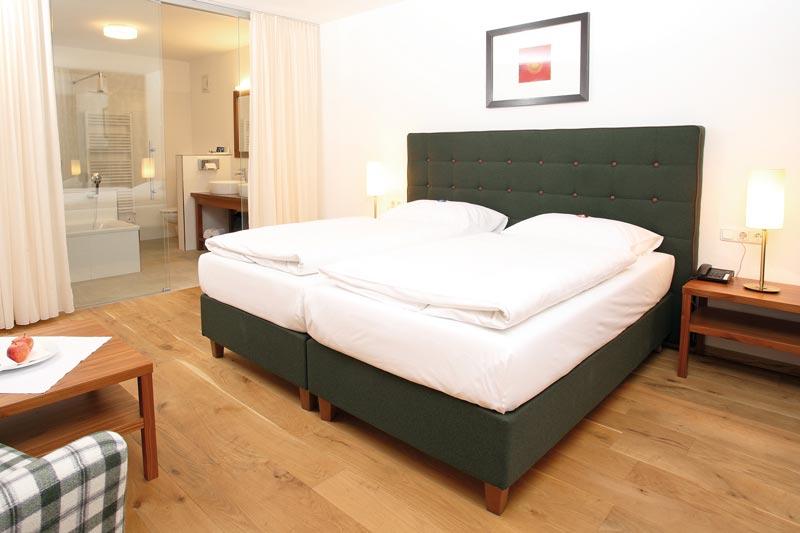 mehr komfort und besserer schlaf. Black Bedroom Furniture Sets. Home Design Ideas