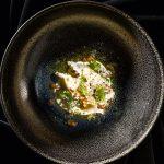 Rezept: Kasnudeln mit Salatcreme und Trüffel