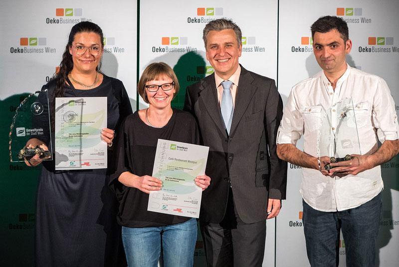 Umweltpreistraeger-2019_in-u-OG-und-Cafe-Restaurant-Westpol_(c)Houdek,PID