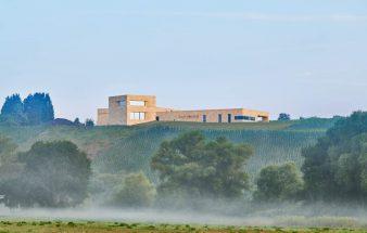 Monolith  für den Wein – Van Volxem
